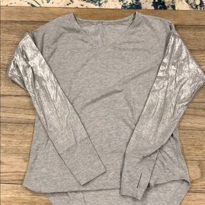 Lululemon Gray Top
